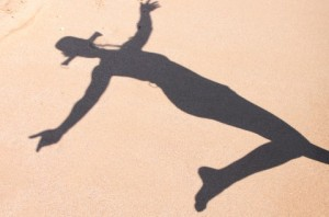 Shadow-Woman-Beach__71025-480x318
