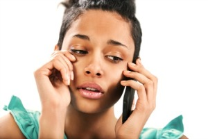 woman-crying-on-phone